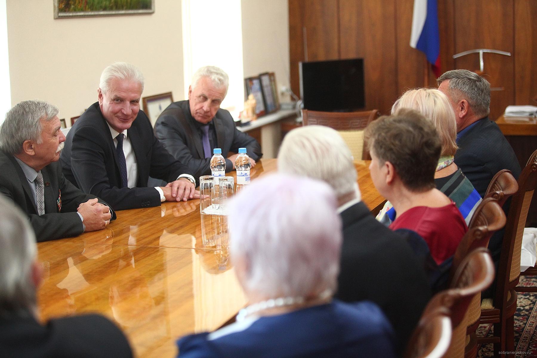 Александр Котов встретился с делегацией из Витебска